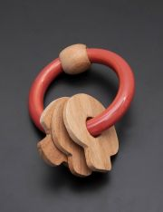 Ariro Circular rattle with mushrooms - Red